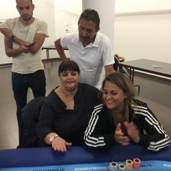 Pour réussir au Poker, il faut le soutien de sa famille. demandez à Clara notre meilleure féminine ...
